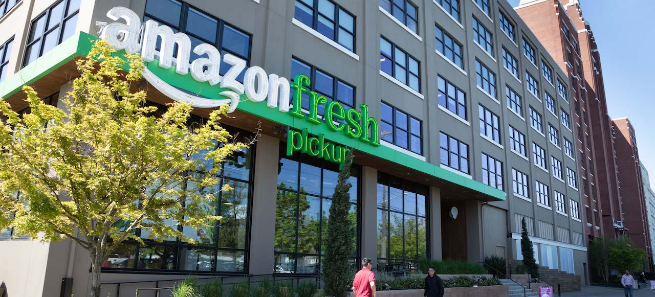 Bezos fights back: Amazon Fresh wages war with Walmart+.